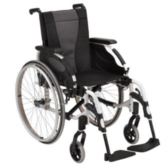 Кресло-коляска с ручным приводом Invacare Action 3ng
