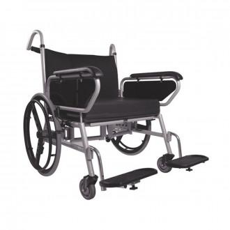 Кресло-коляска с ручным приводом Titan Minimaxx LY-250-1203