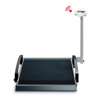 Весы медицинские специальные для взвешивания пациентов в инвалидном кресле seca 664